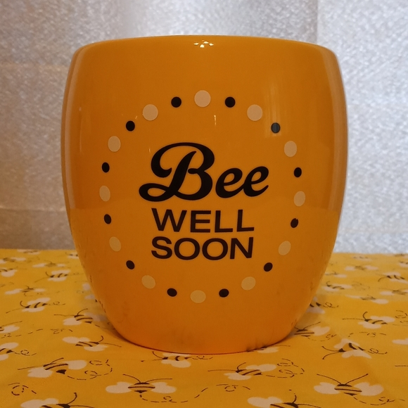 "Yellow ""Bee Well Soon"" Flower Vase"